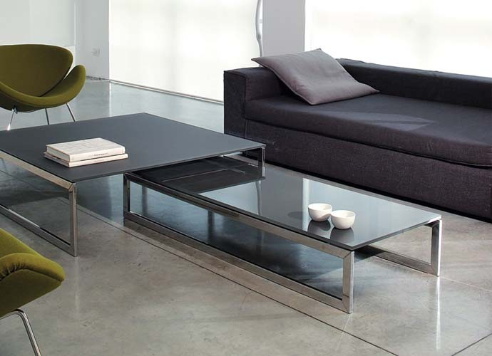 Image of: Square Glass Coffee Table Dimensions