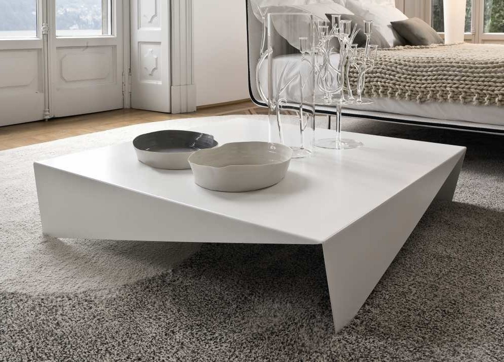 Image of: Square Glass Coffee Table Set