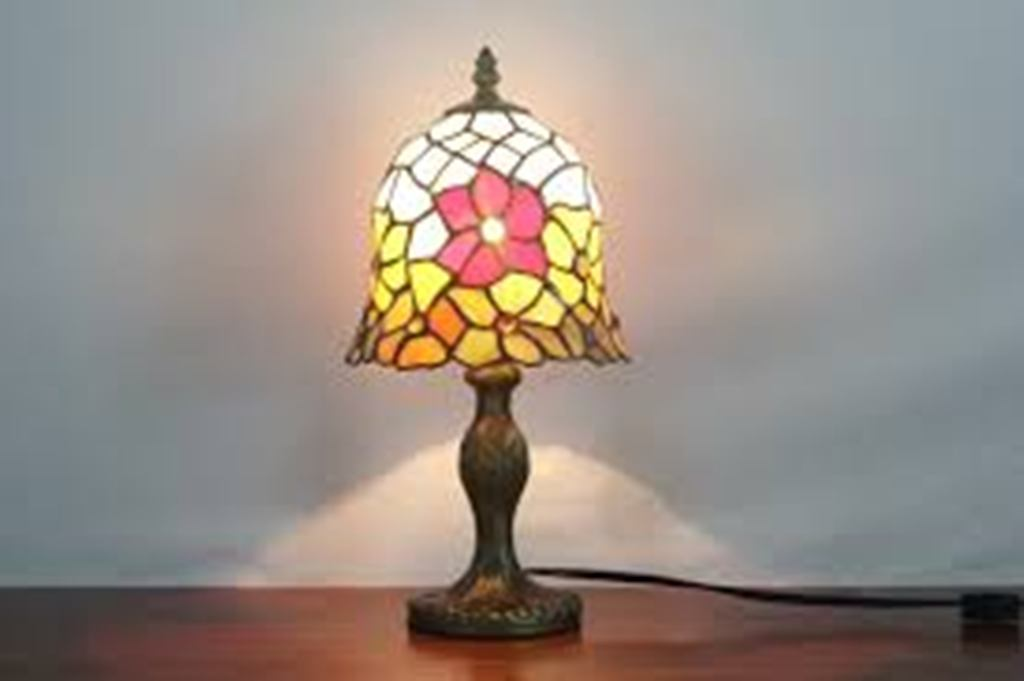 Image of: Stained Glass Table Lamp Bases