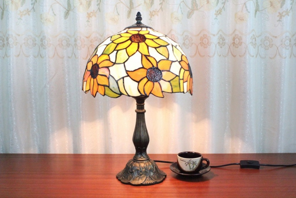 Image of: Stained Glass Table Lamp Replacement Parts