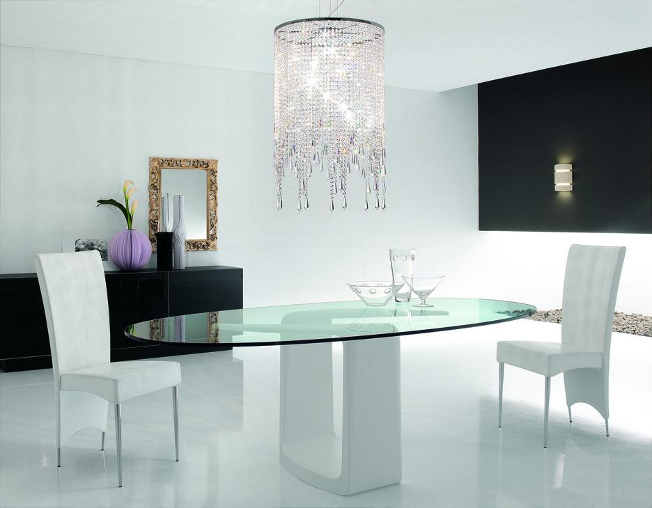 Stylish Oval Glass Dining Table