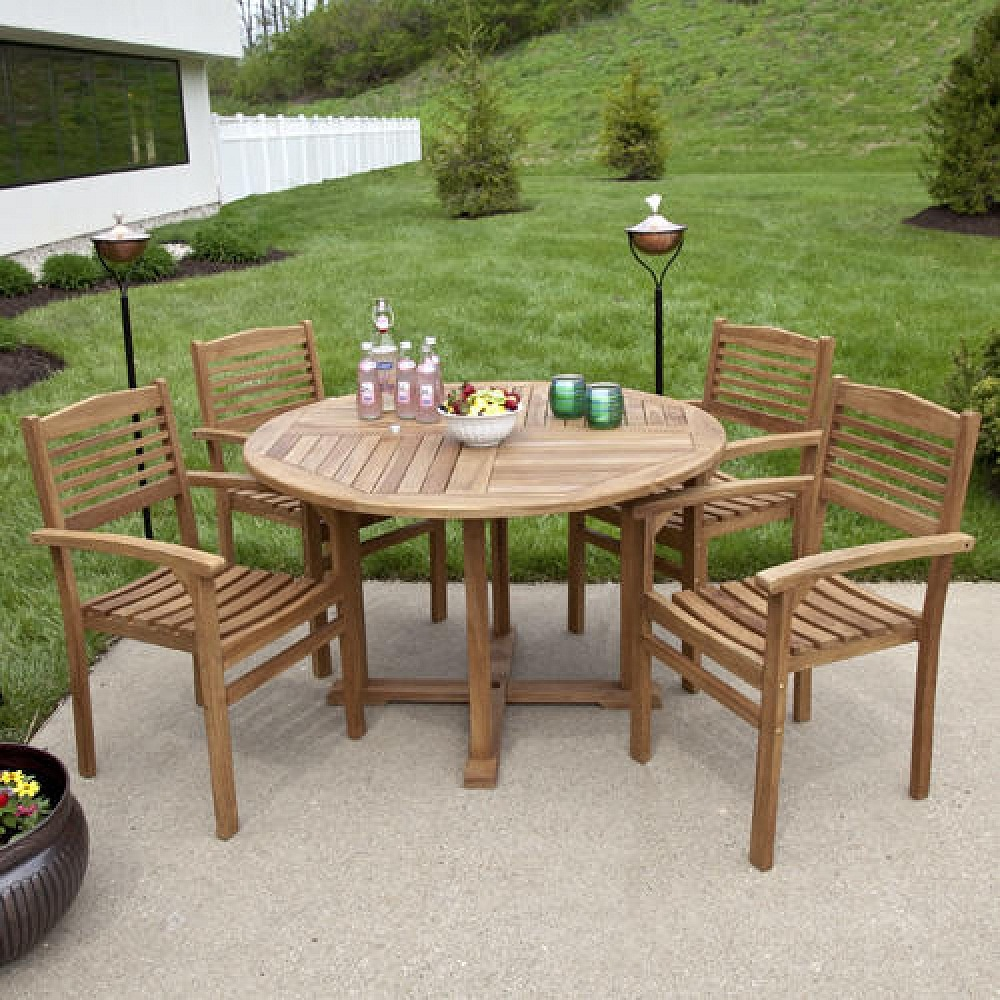 Image of: Teak Outdoor Dining Table and Chairs