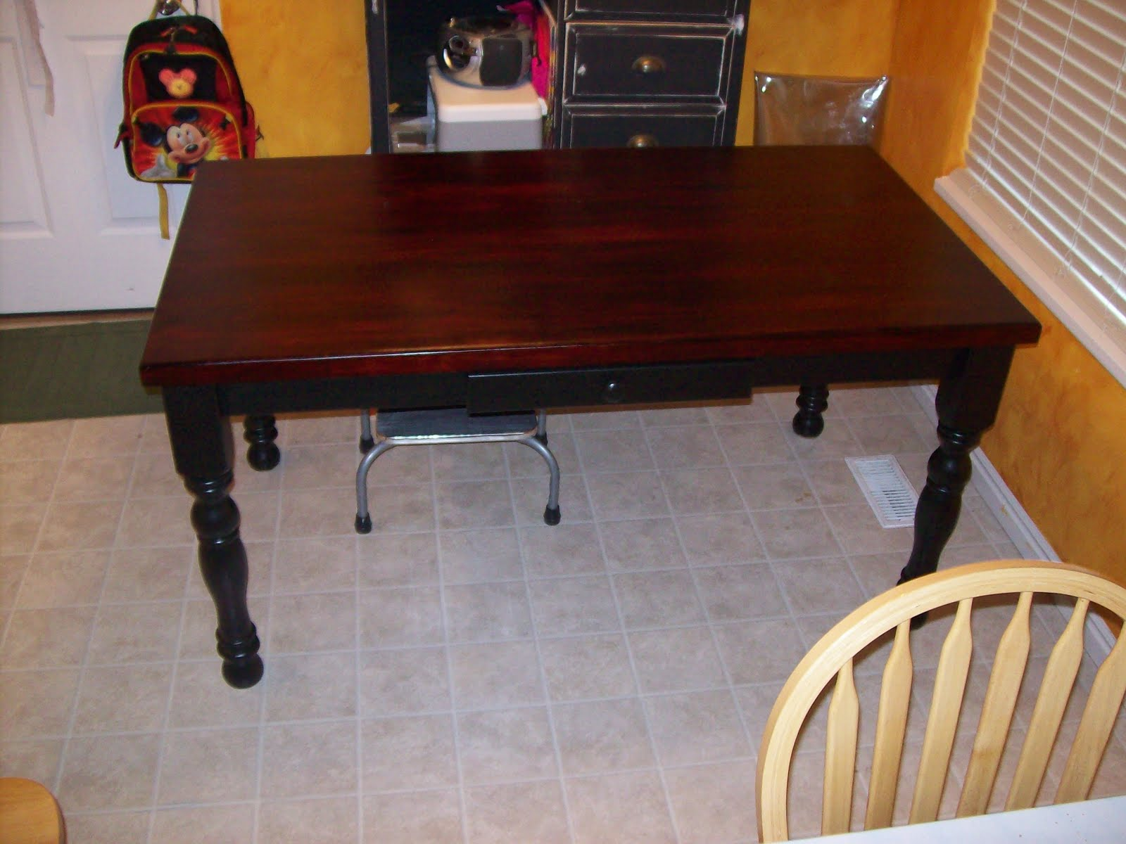 Picture of: Tips Refinish Dining Room Table