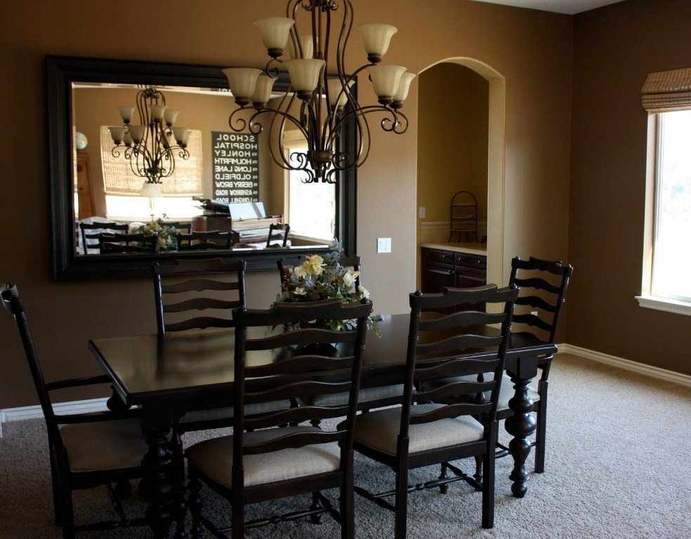 Image of: Top Mirrored Dining Room Table