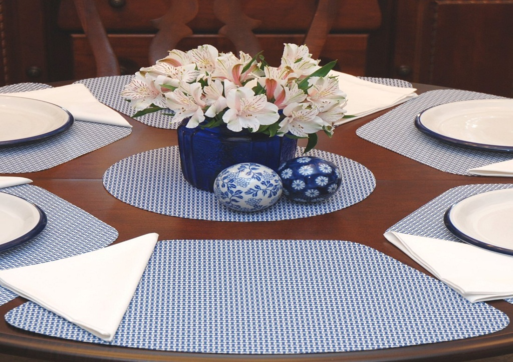 Picture of: Top Placemats for Round Table