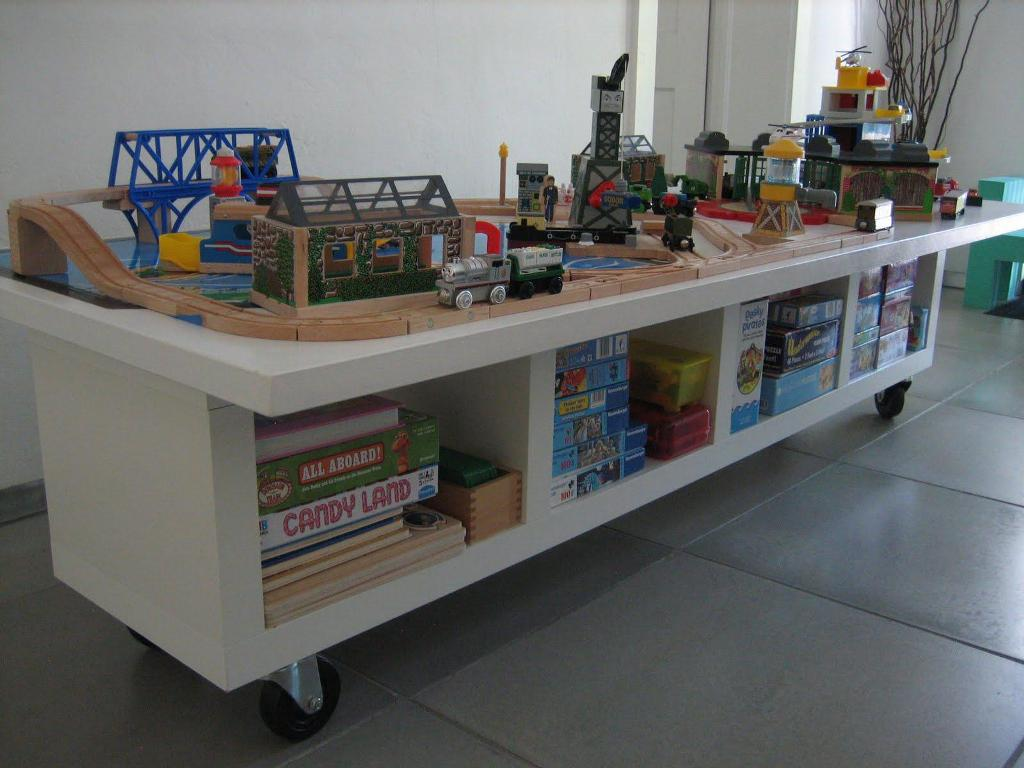 Image of: Toy Train Table With Storage