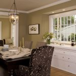 Traditional Pottery Barn Dining Room Table