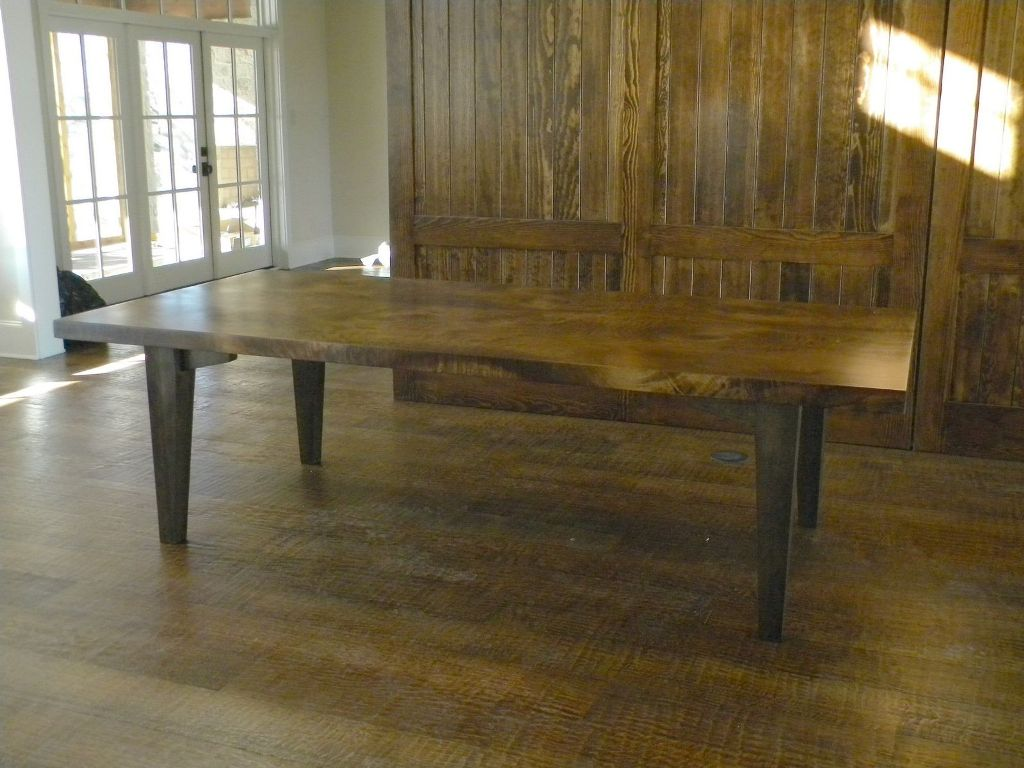 Image of: Traditional Wood Slab Dining Table