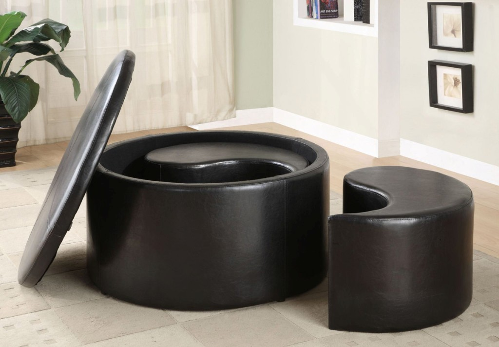 Image of: Tufted Round Coffee Table Ottoman