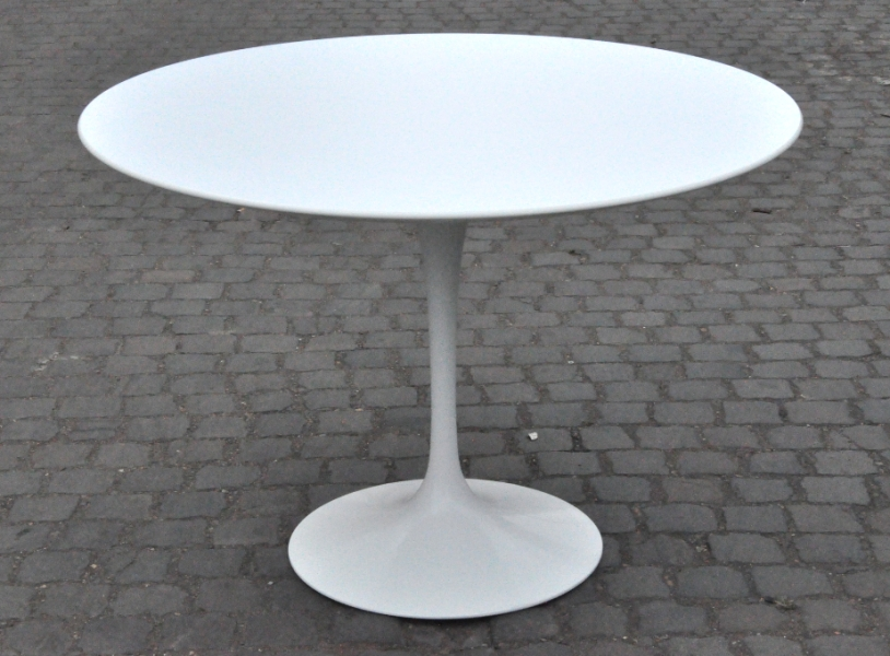 Picture of: White Tulip Table