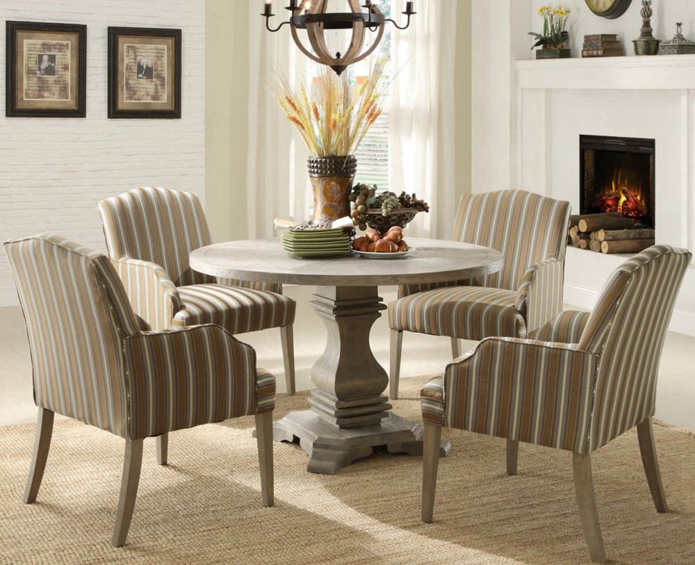 Image of: Wooden Round Pedestal Dining Room Table
