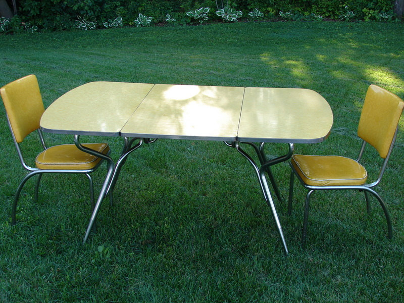 Picture of: Yellow Formica Table Tops