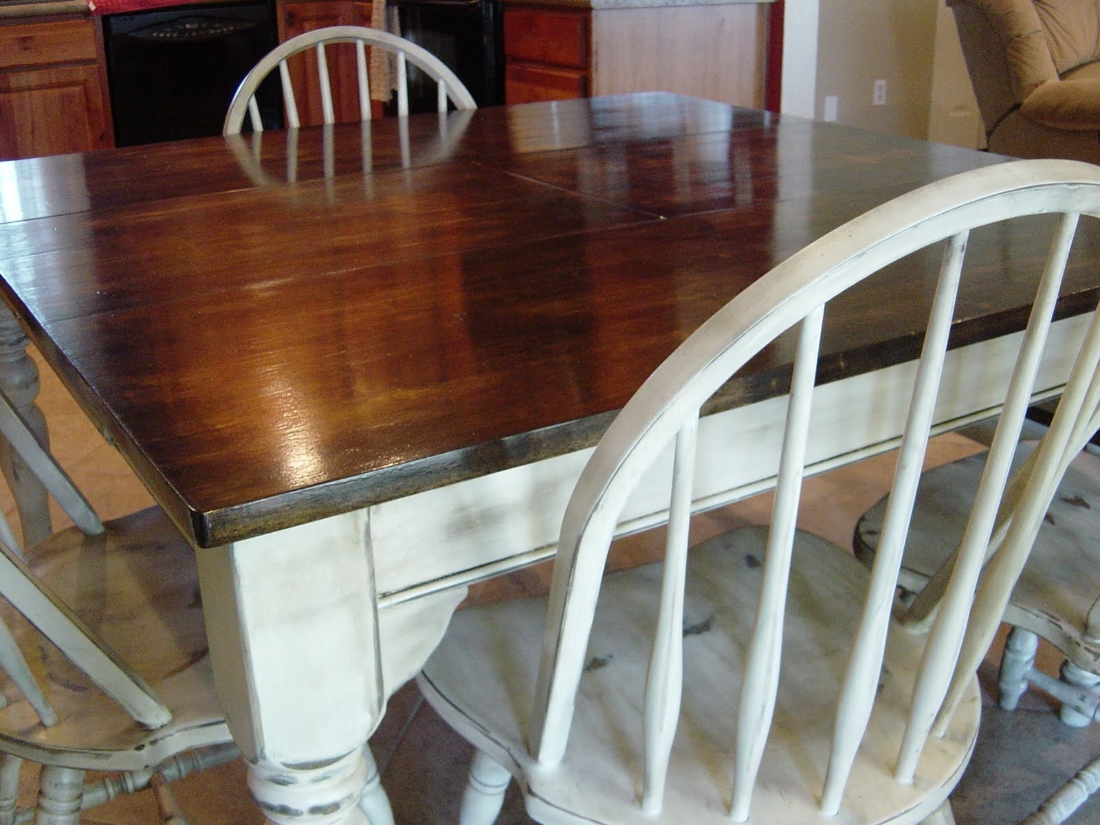 Image of: Awesome How To Refinish Wood Table