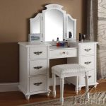 white Mirror Vanity Table