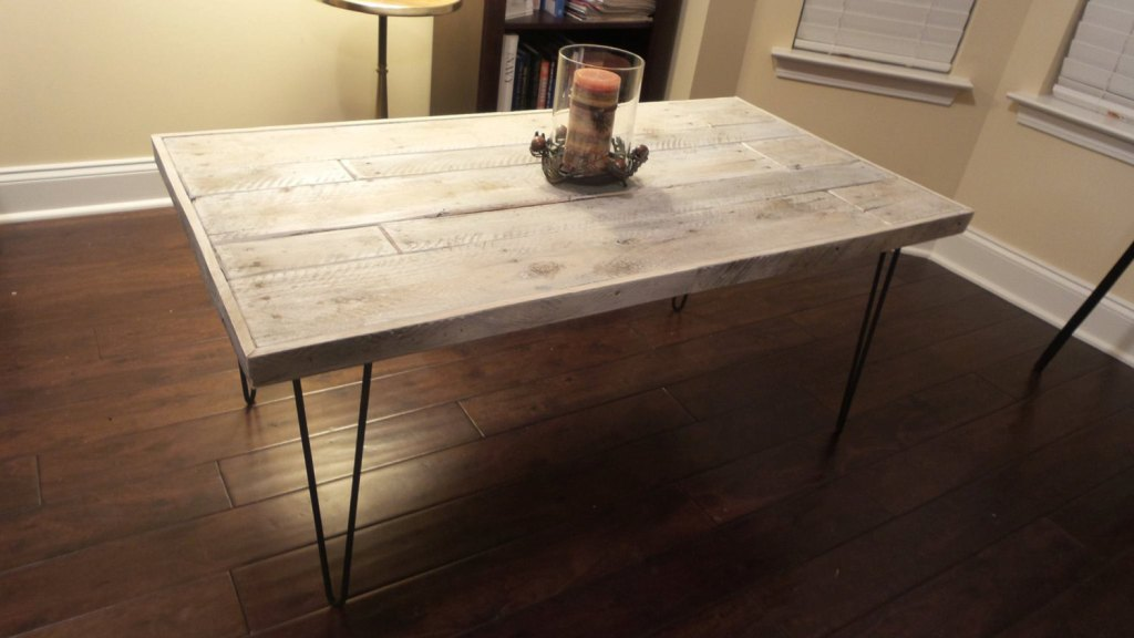 Picture of: Antique Coffee Table Legs