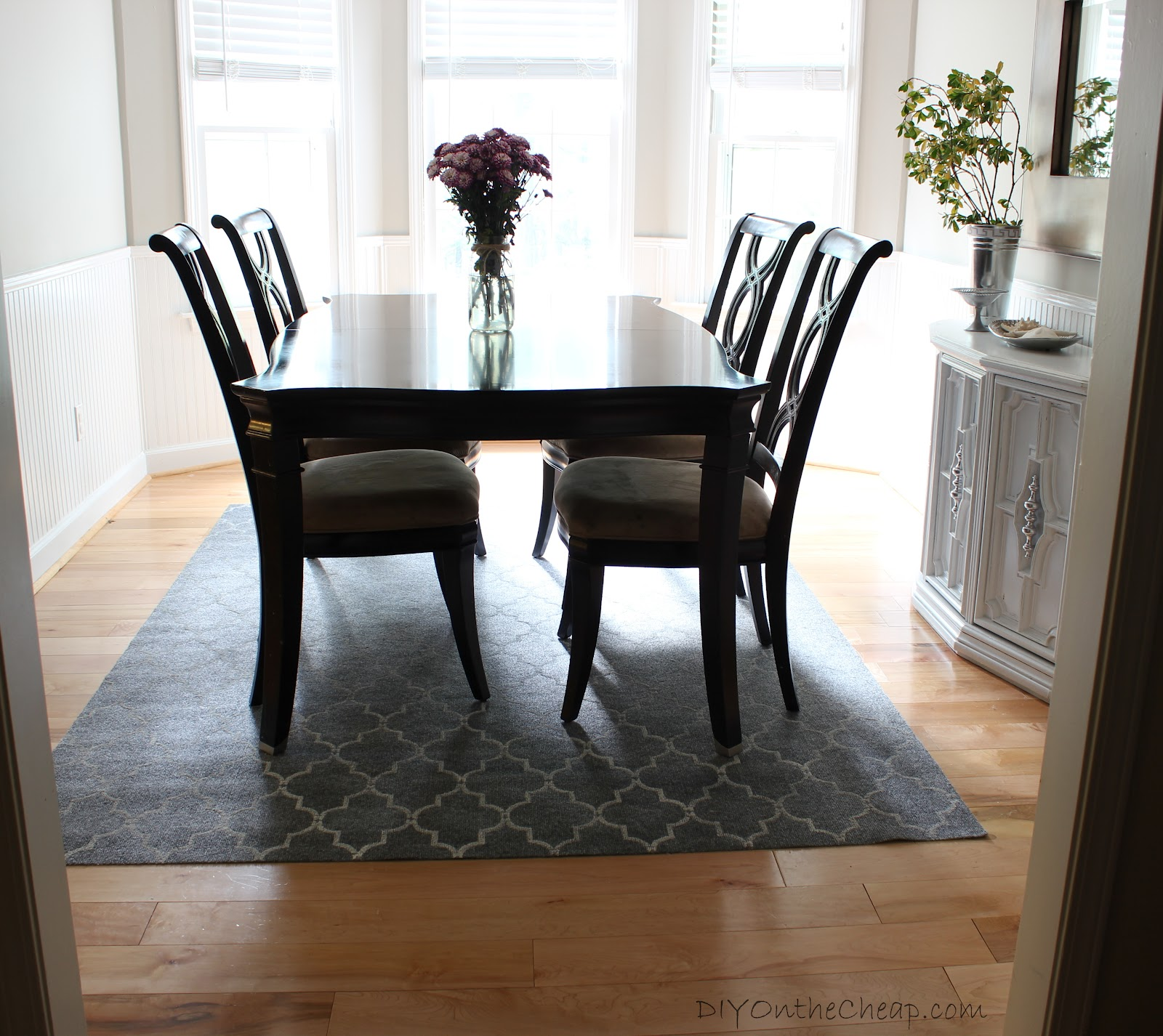 Image of: Dark Wood Dining Table Inspiration