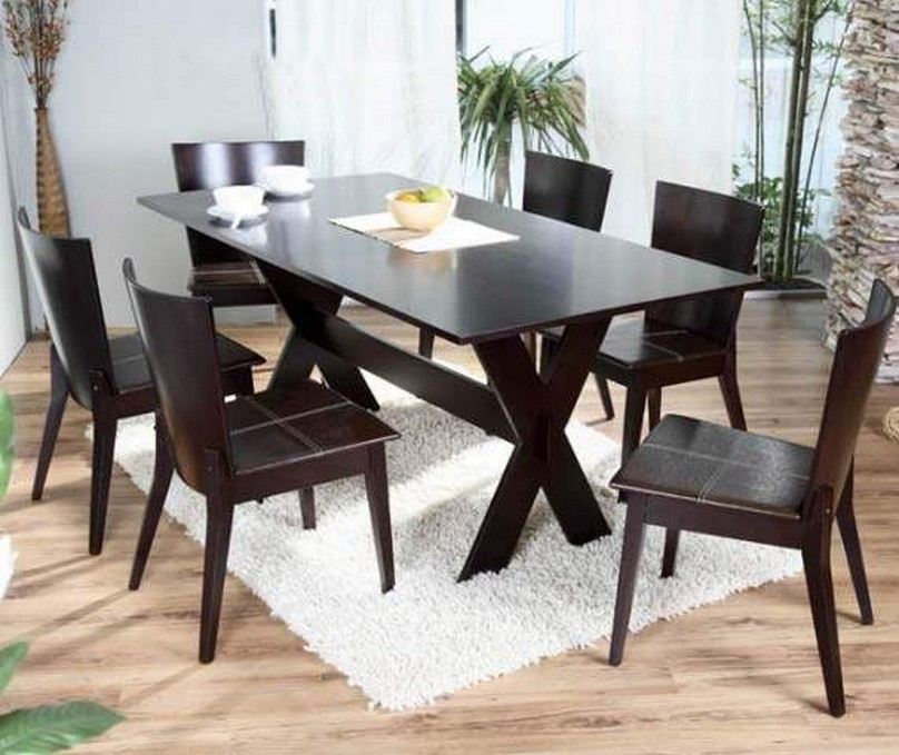 Image of: Dark Wood Dining Table and Chairs