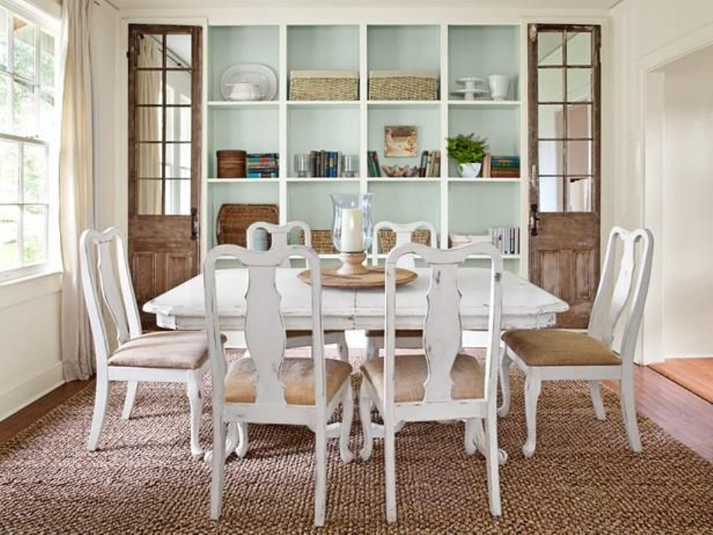 Image of: Dining Room Table Decor For Everyday