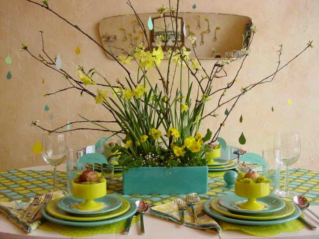 Image of: Dining Room Table Decor For Spring