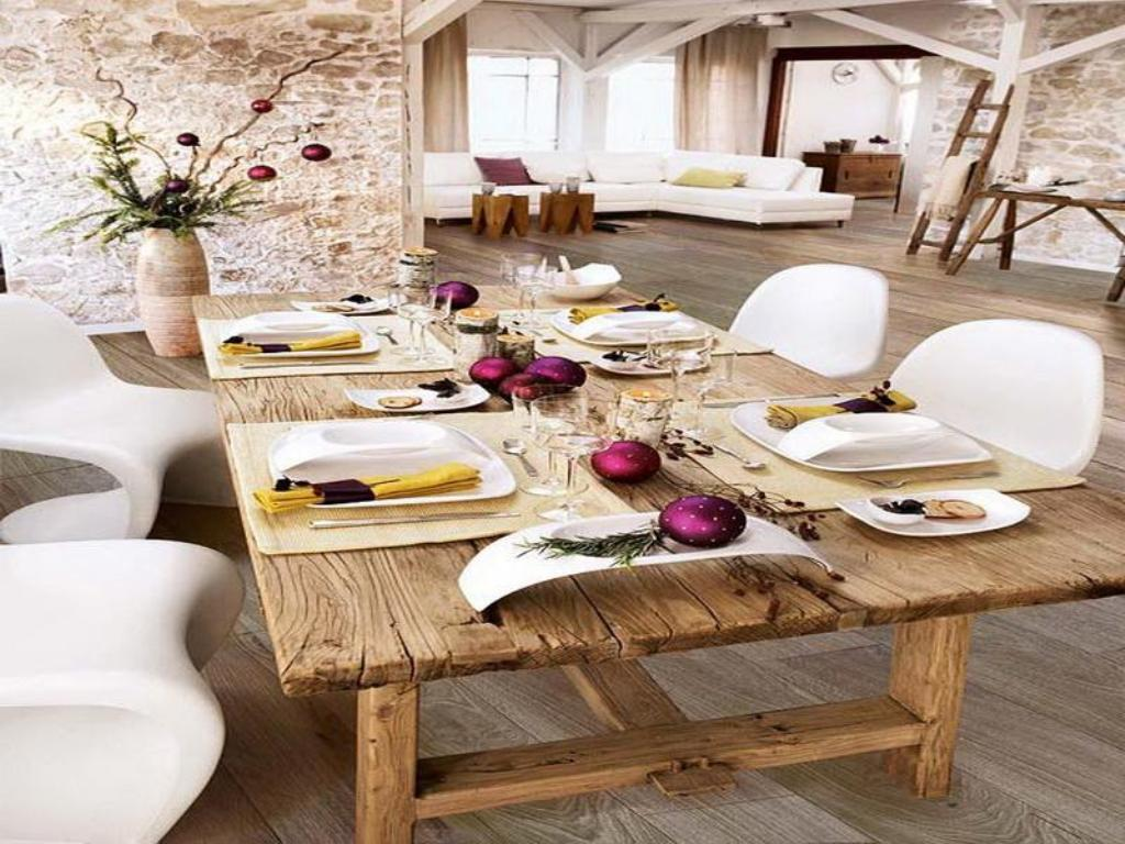 Image of: Dining Room Table Decor Pics