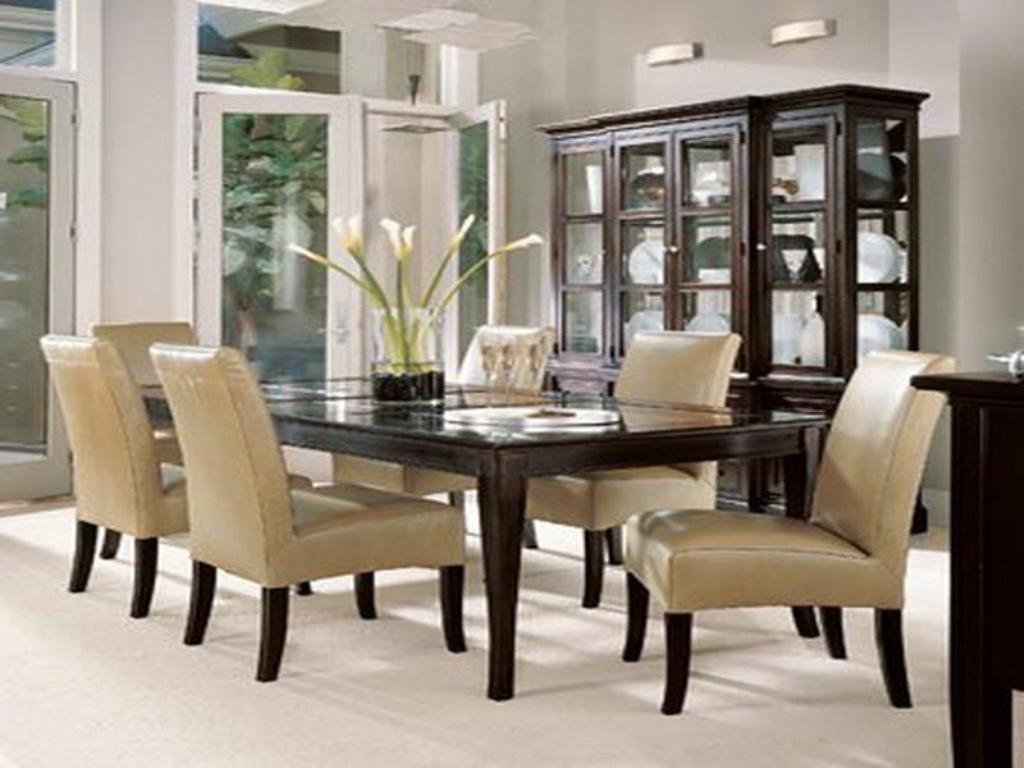 Image of: Dining Room Table Decor
