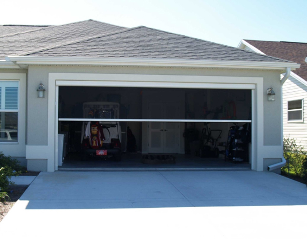 Picture of: Electric Retractable Garage Door Screen