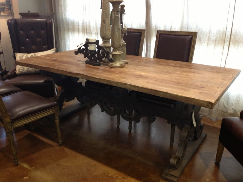Image of: how to decorate a coffee table antique