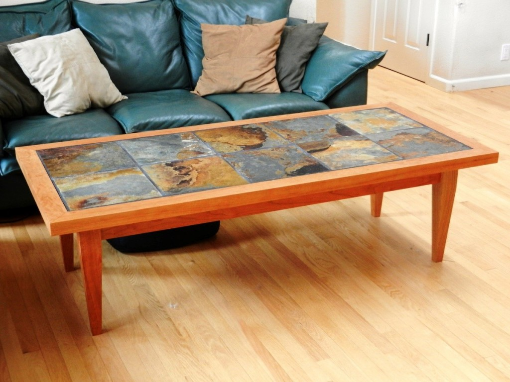 Image of: how to decorate a coffee table simple