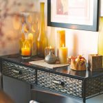 How To Decorate A Coffee Table With Candles