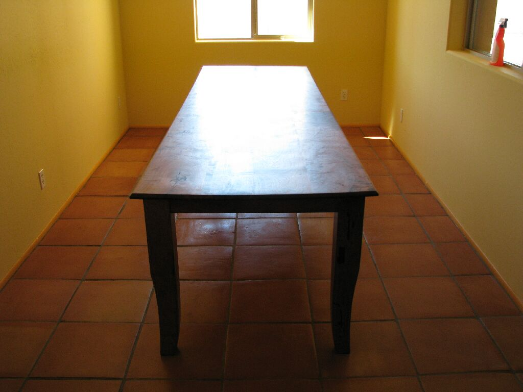 Image of: Narrow Dining Room Tables Canada