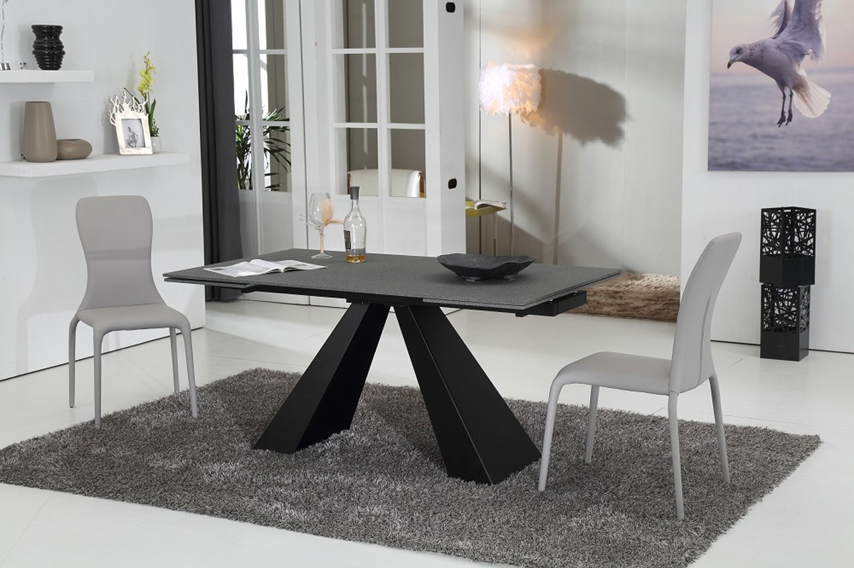 Image of: New Glass Extendable Dining Table