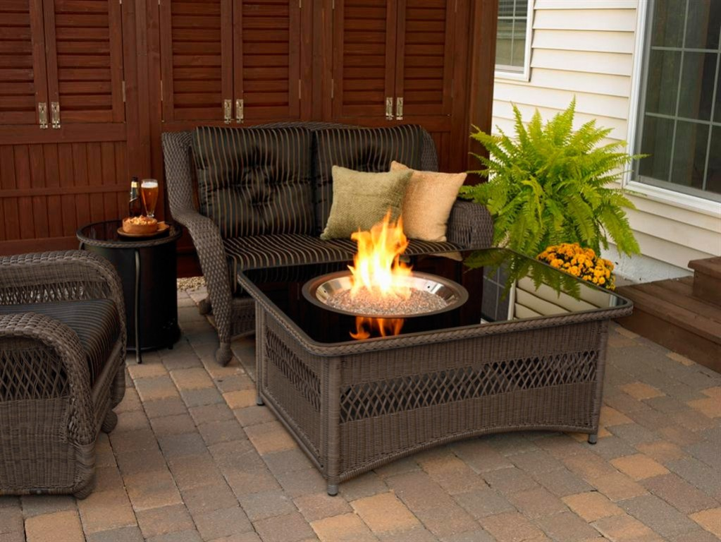 Image of: Outdoor Coffee Table Gas Fire Pit