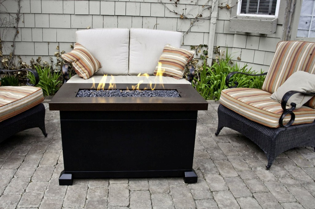 Image of: Outdoor Coffee Table With Propane Fire Pit