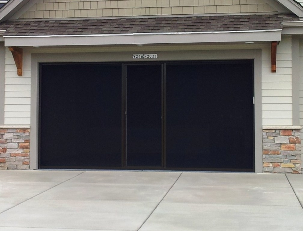 Picture of: Retractable Garage Door Screen Kit