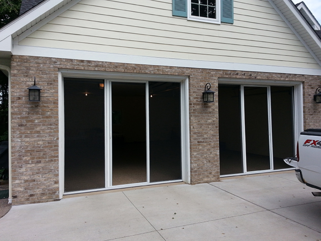 Picture of: Retractable Single Garage Door Screen