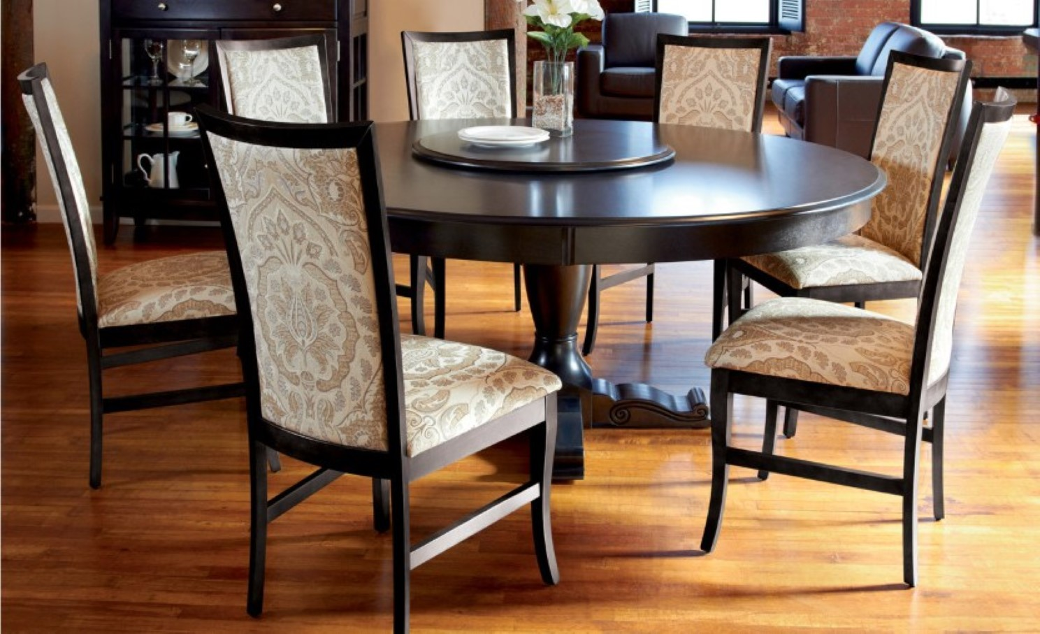 Picture of: Round espresso dining table decoration