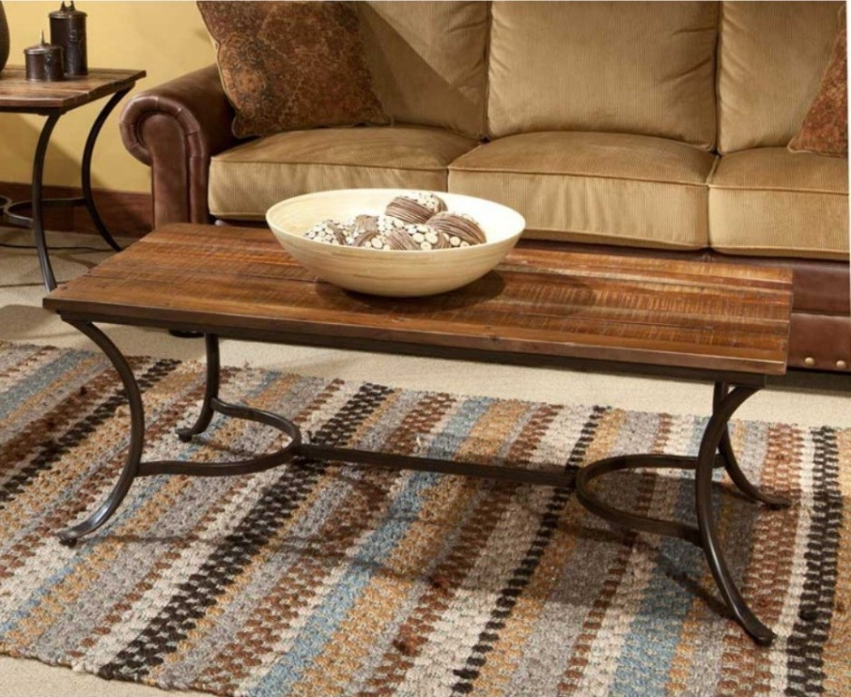 Picture of: Rustic Coffee Table And End Tables