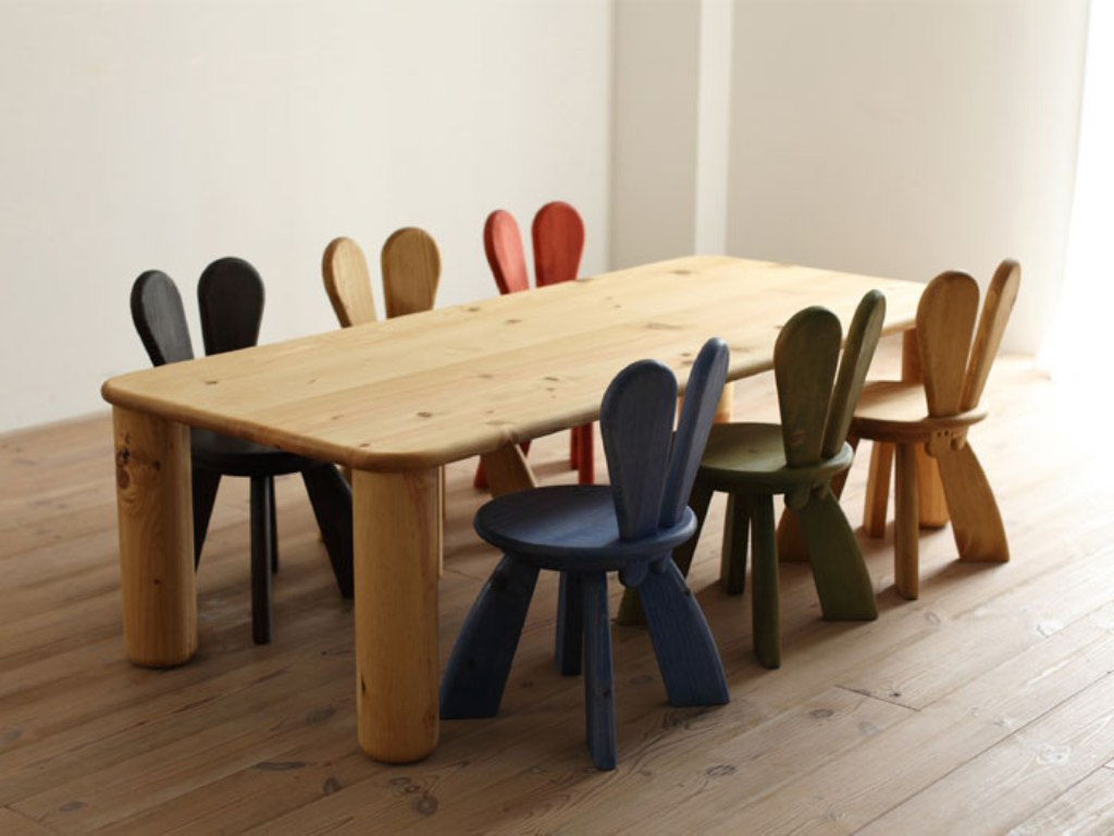 Image of: toddler table and chairs wood booster