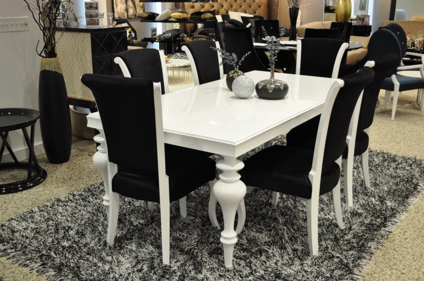 Image of: White Lacquer Dining Table Set