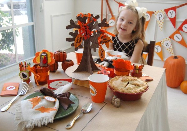 Picture of: easy thanksgiving table decorations ideas