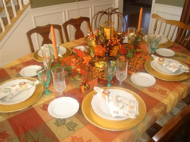 Image of: modern thanksgiving table decorations
