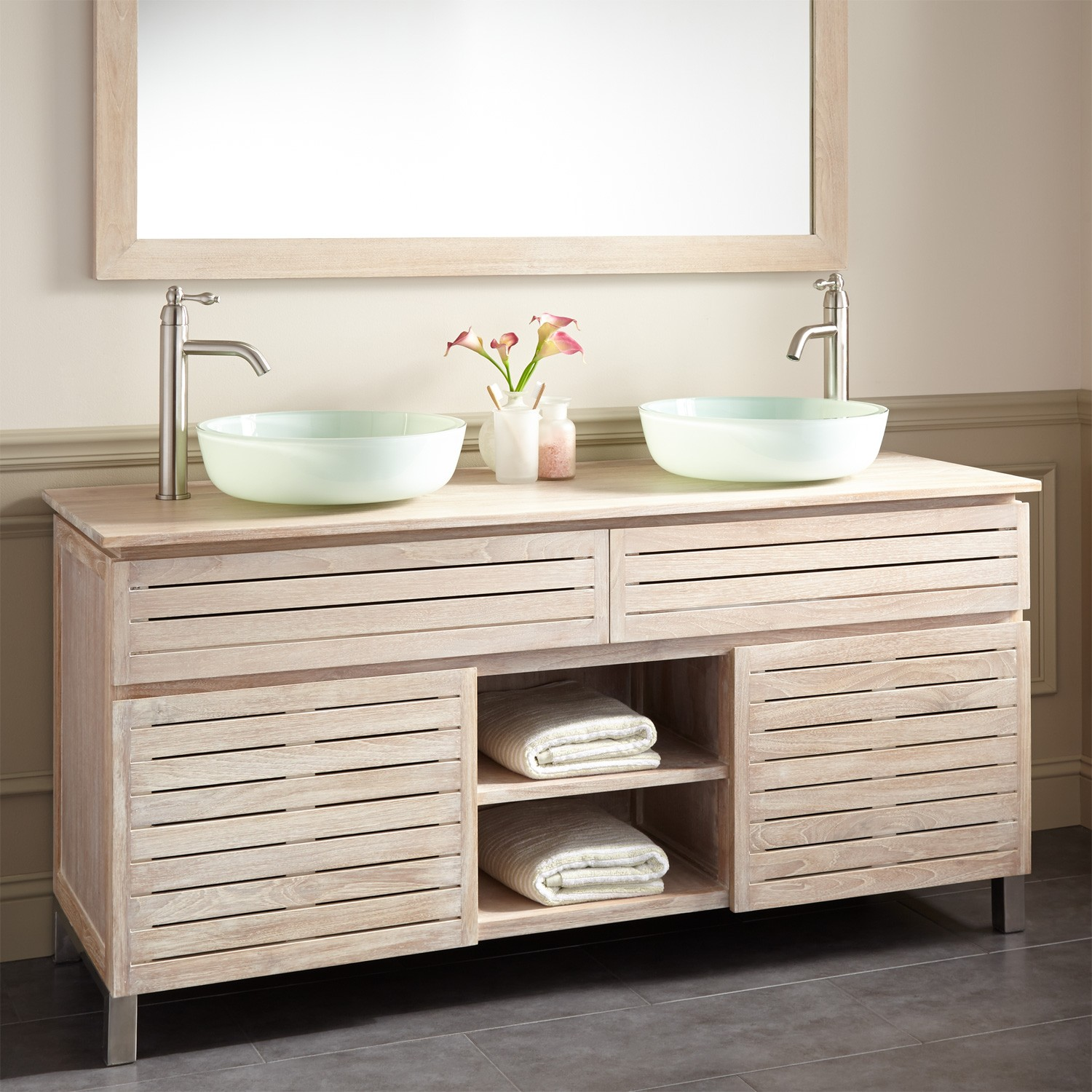 Image of: 60 Double Sink Vanity Design