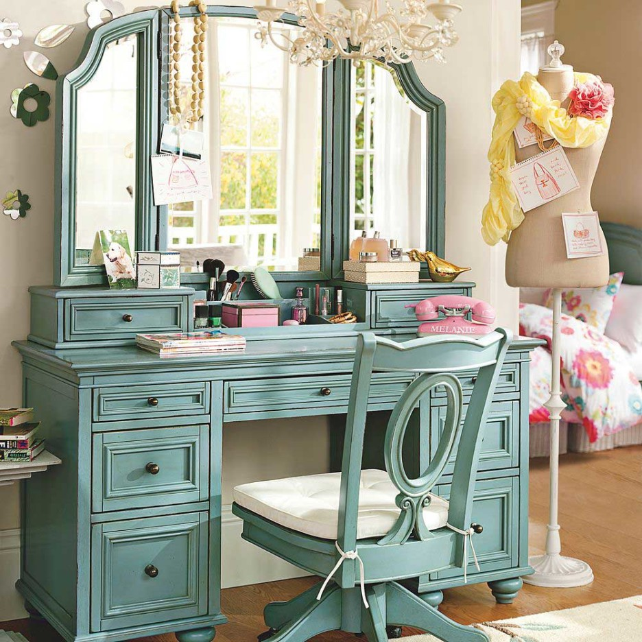 Image of: Antique Bedroom Vanity Color