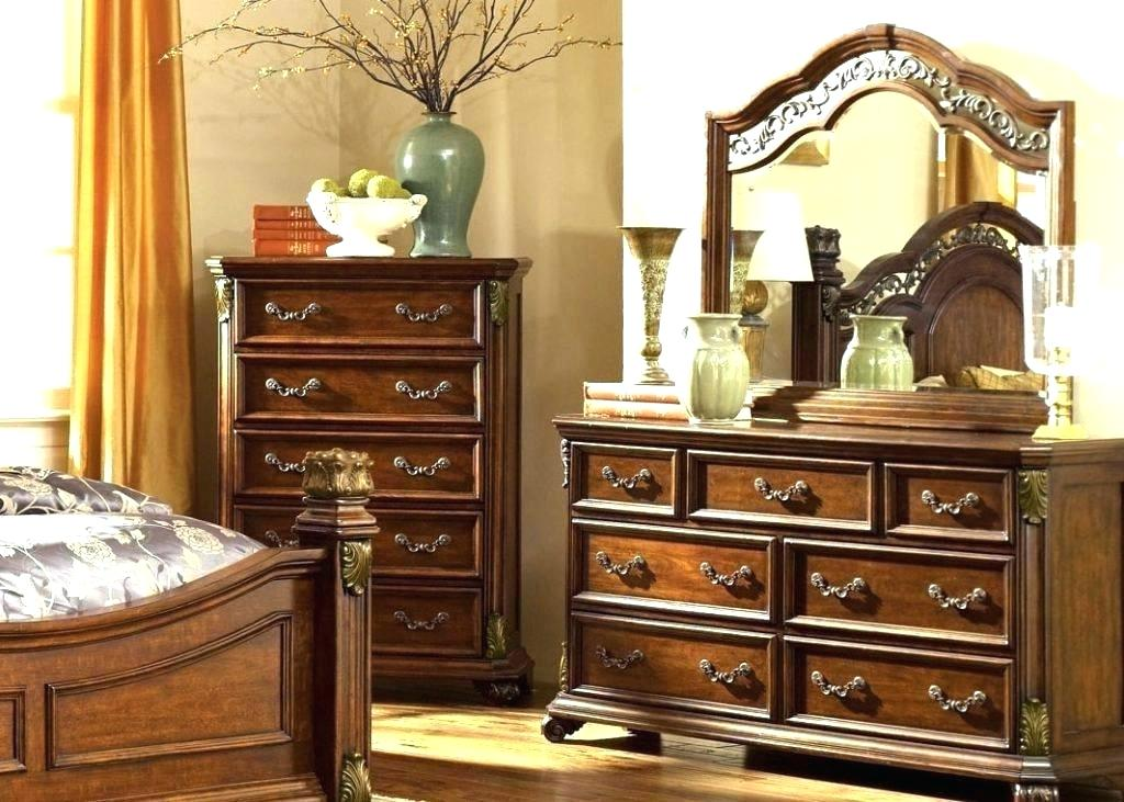 Image of: Antique Vanity with Mirror and Stool