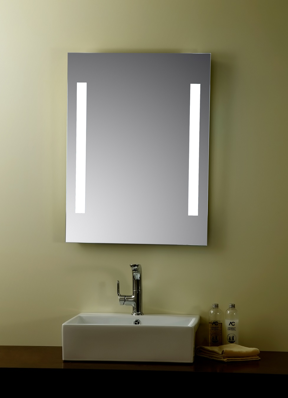 Picture of: Bathroom Vanity Light Fixtures Size