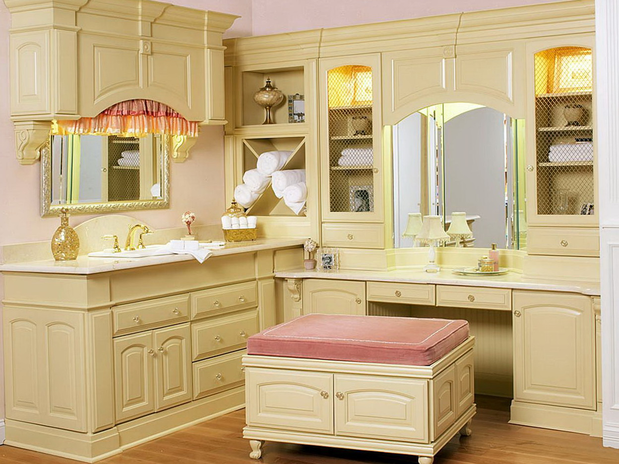 Picture of: Bedroom Makeup Vanity Furniture