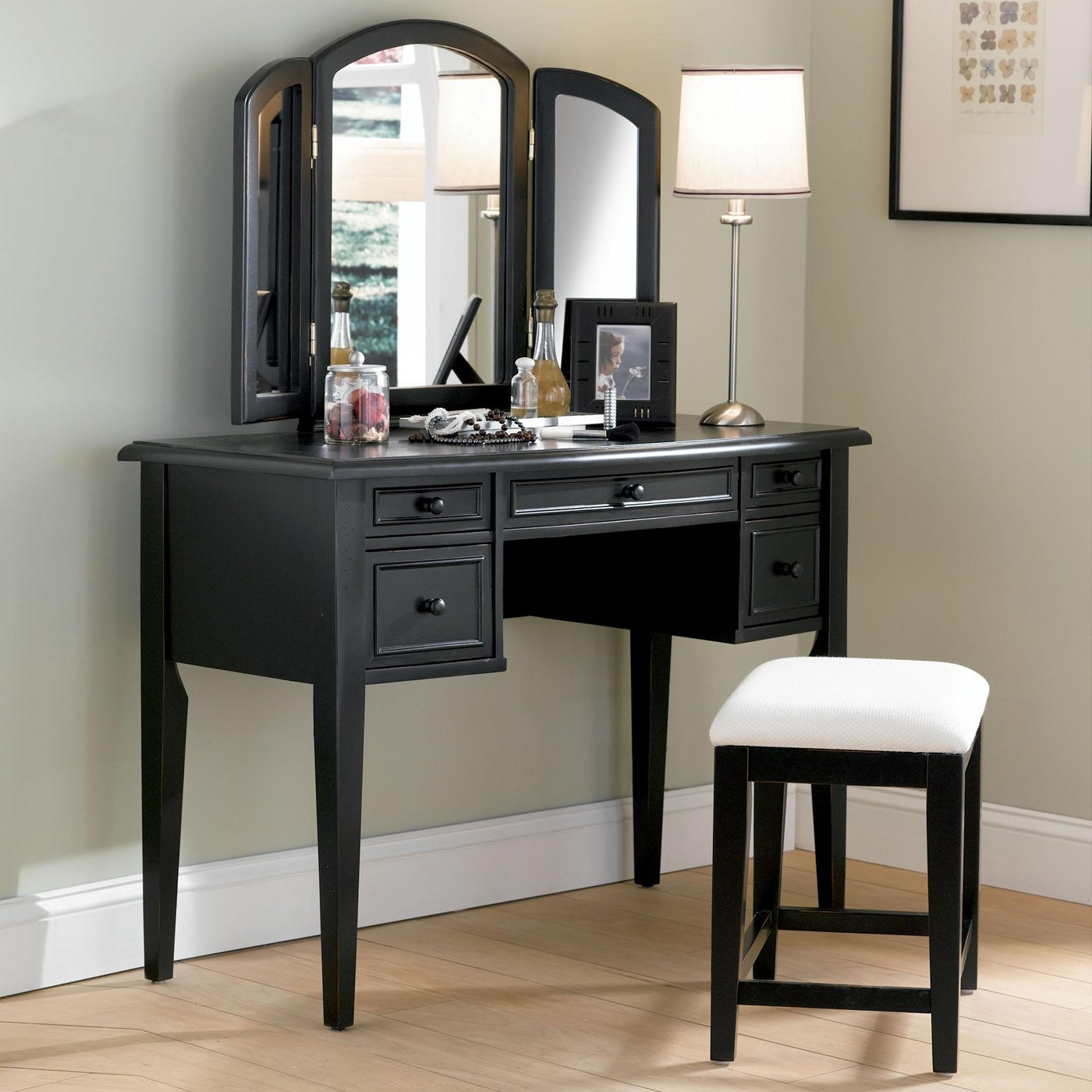 Picture of: Bedroom Vanity Desk Black