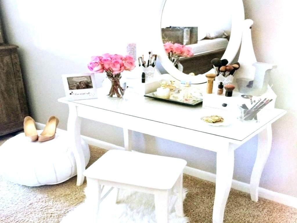 Image of: Bedroom Vanity IKEA Table