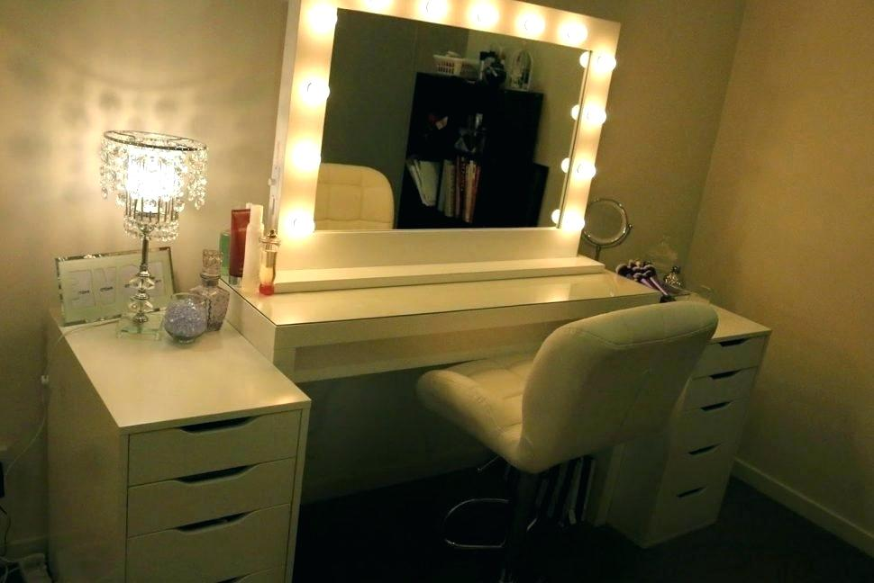 Picture of: Bedroom Vanity Table and Chair