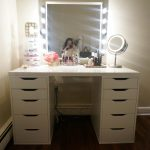 Bedroom-Vanity-Table-with-Mirror-and-Bench